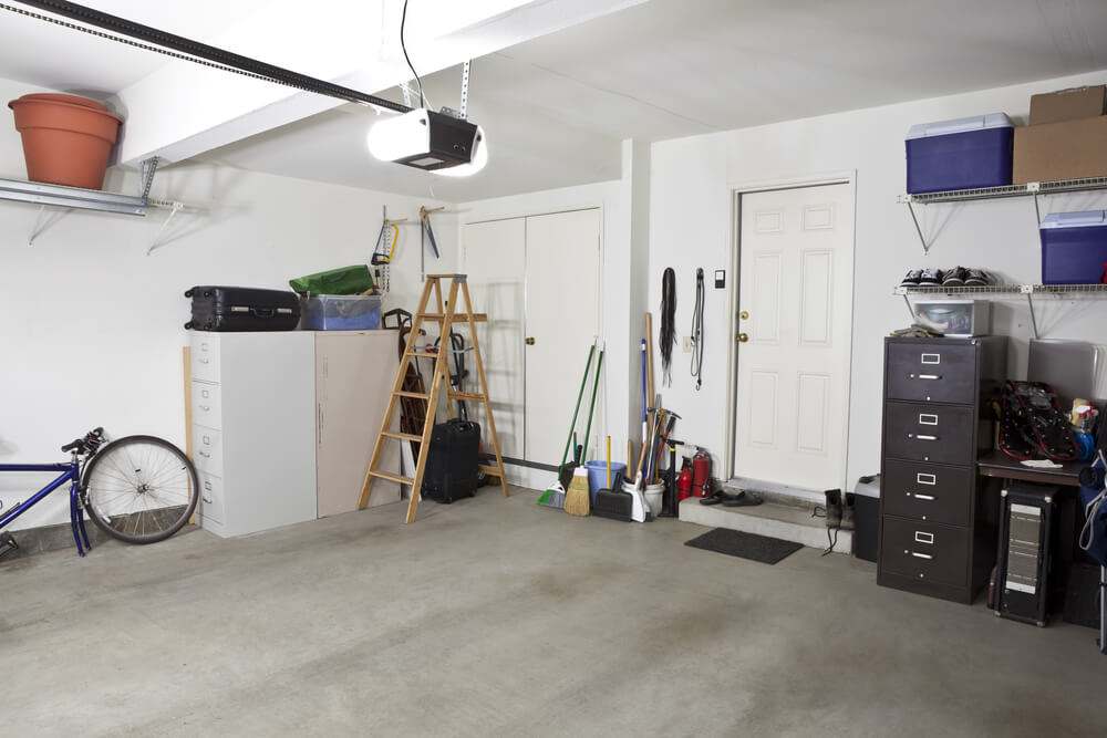 Spring cleaning in your garage bryan 39 s fuel orangeville for Garage basics